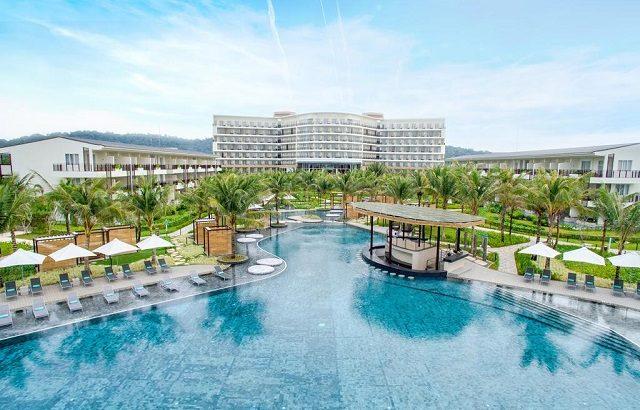 """Trải nghiệm cuộc sống """"sang chảnh"""" tại các resort nổi tiếng ở Phú Quốc"""